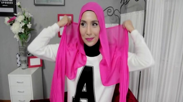 Hijab Style in 15 Seconds