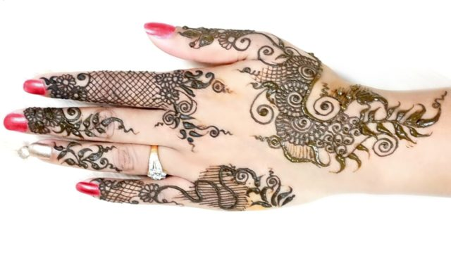 Mehndi for Eid – Easy DIY Mehndi Designs